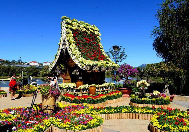 hơn 300 loài hoa khoe sắc tại vườn hoa đà lạt