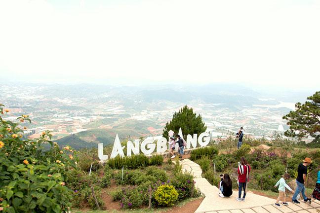 núi langbiang - đà lạt