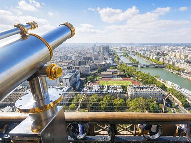 cảnh quan paris nhìn từ tầng 1