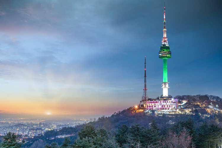 Tháp Namsan điểm đến của sự lãng mạn tại Hàn Quốc